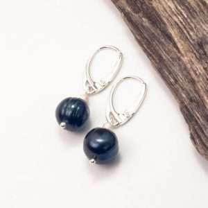 Navy Pearls Earrings