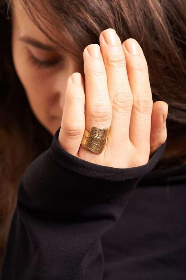 Handmade Adjustable Brass Ring Pose 8