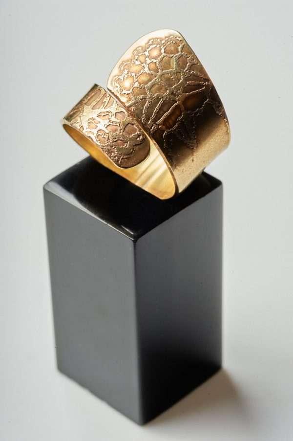 Handmade Adjustable Brass Ring product photoshoot Pic 2